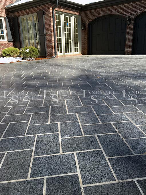 Royal-Black-Flamed-Granite