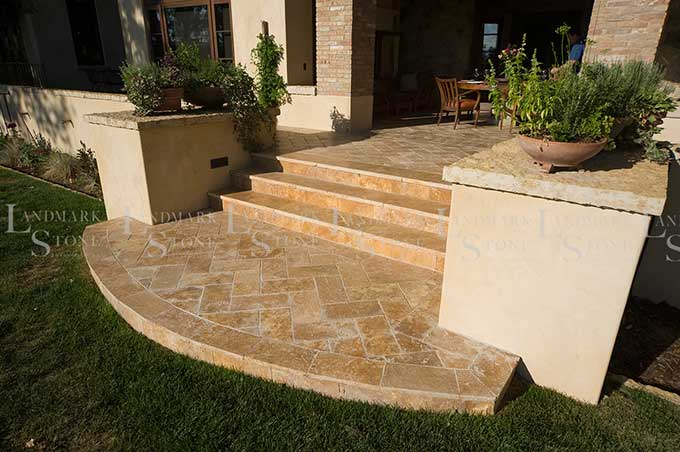 gold-travertine-steps