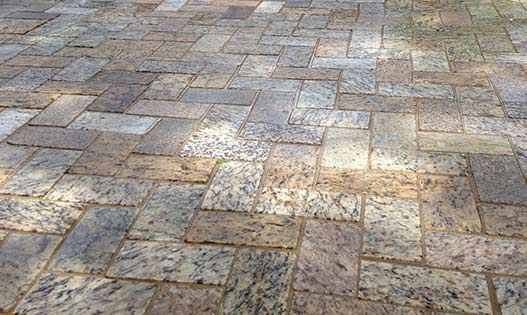 recycled-granite-ligh-gold-tan-herringbone-pavers-527-315